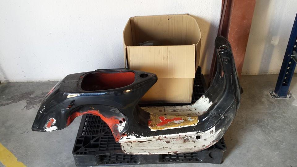 Arenado de chasis de vespa. Prepaparada para su restauración