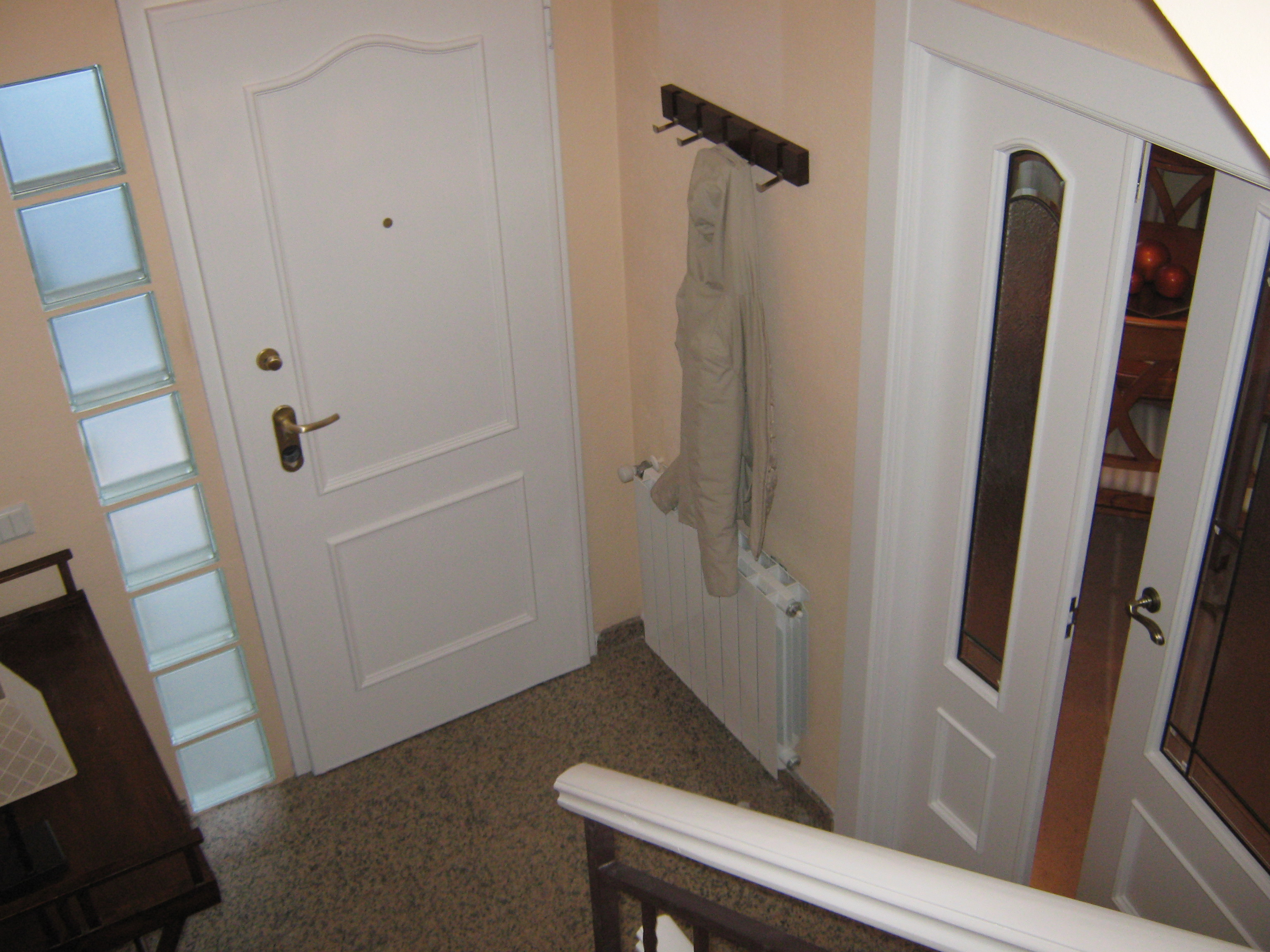 Lacar muebles barnizados idee per interni e mobili for Lacar muebles en blanco