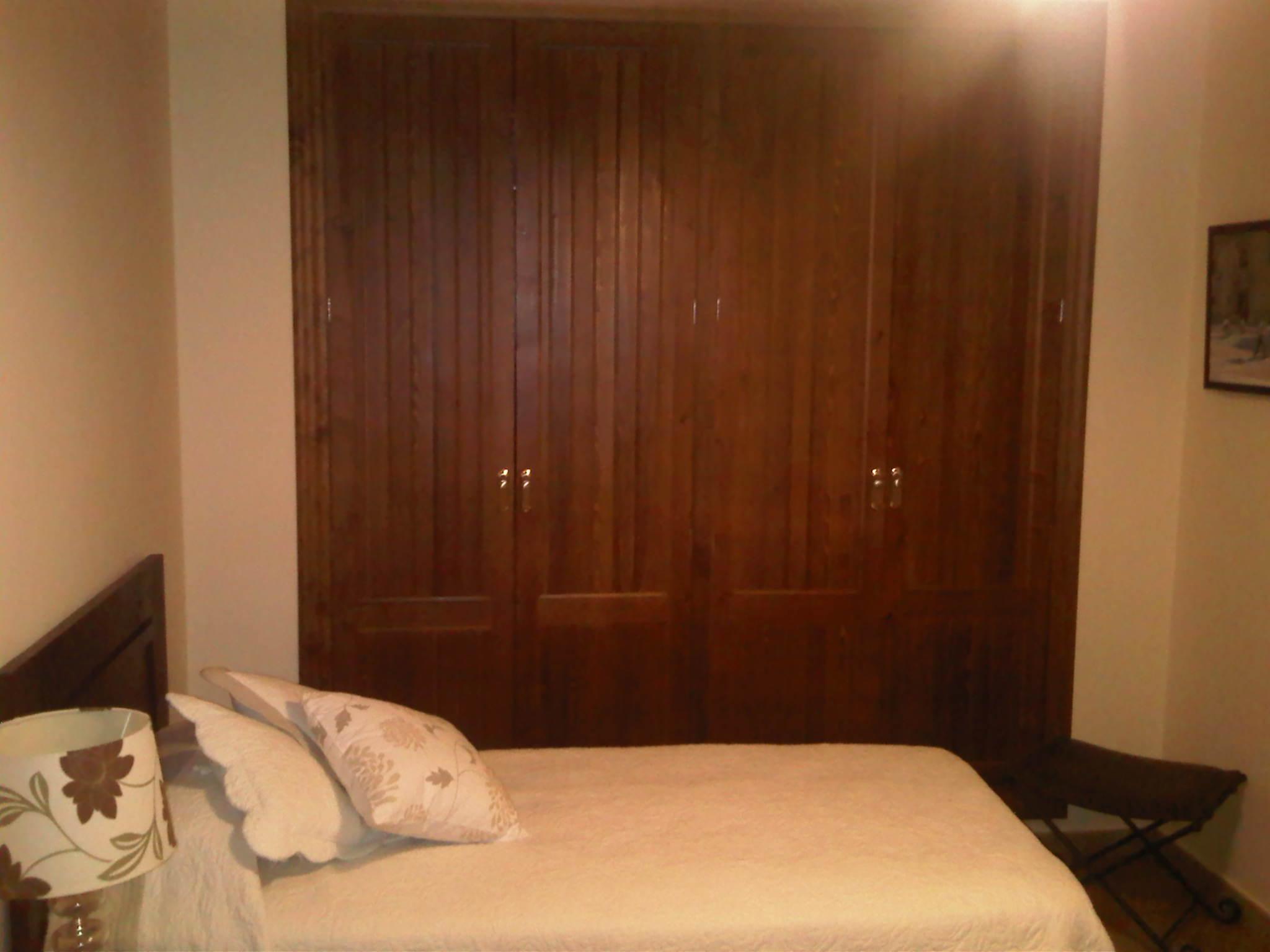 Lacados y barnizados armario antes