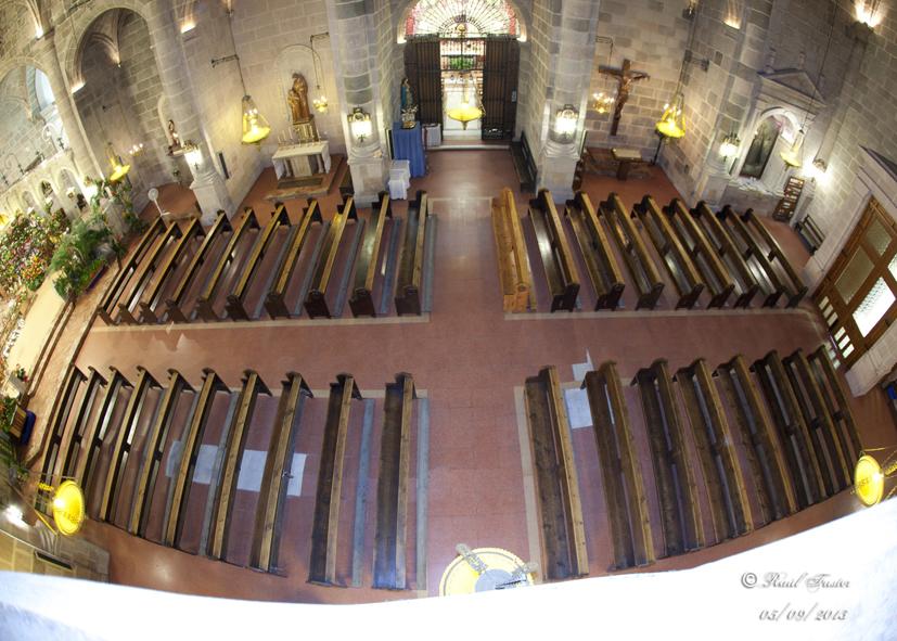 Lacado y barnizado de los bancos de la Iglesia Parroquial de María Asunta, en Castalla