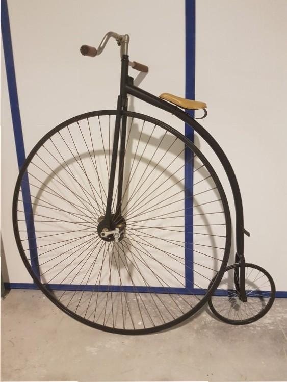 Bicicleta antes de arenado de precisión