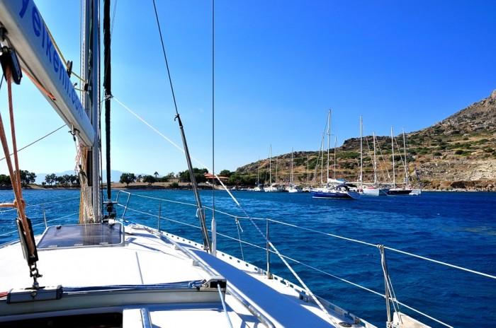 Limpieza de barco: cómo proteger y tratar la madera