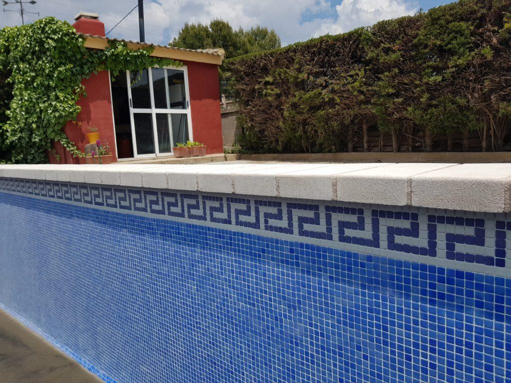 restauracion-de-piscina-con-arenado