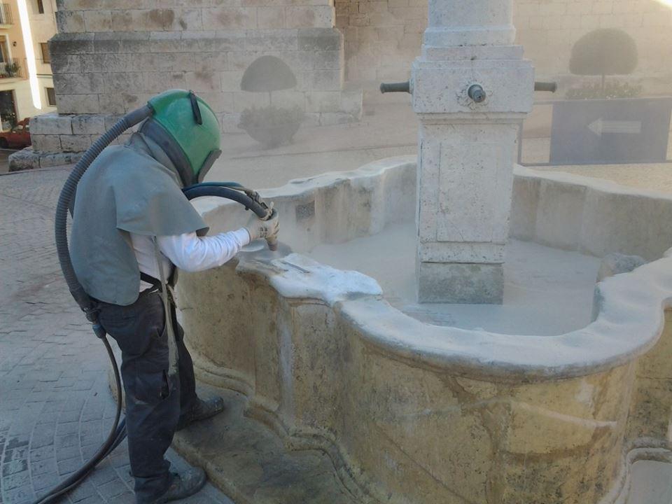 Arenado de fuente en Biar