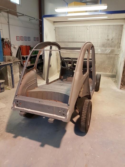arenado de coches antiguos en Galvañ lacados