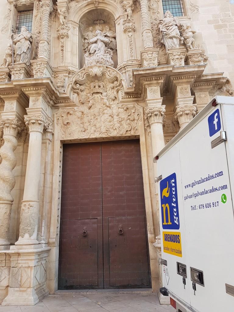 basílica de santa maría en Alicante