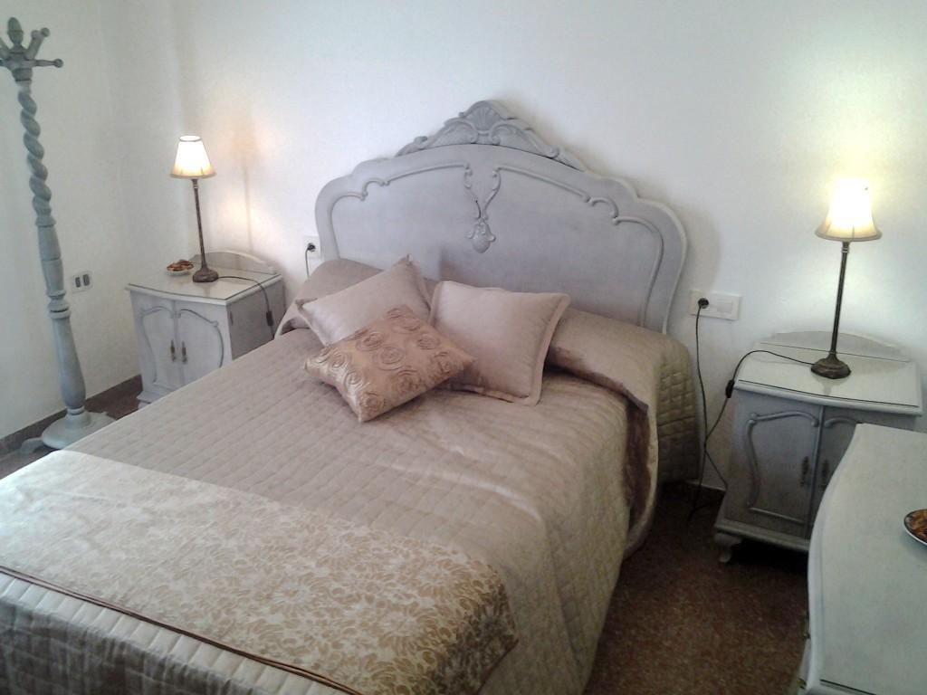 Cabezal de una cama restaurado