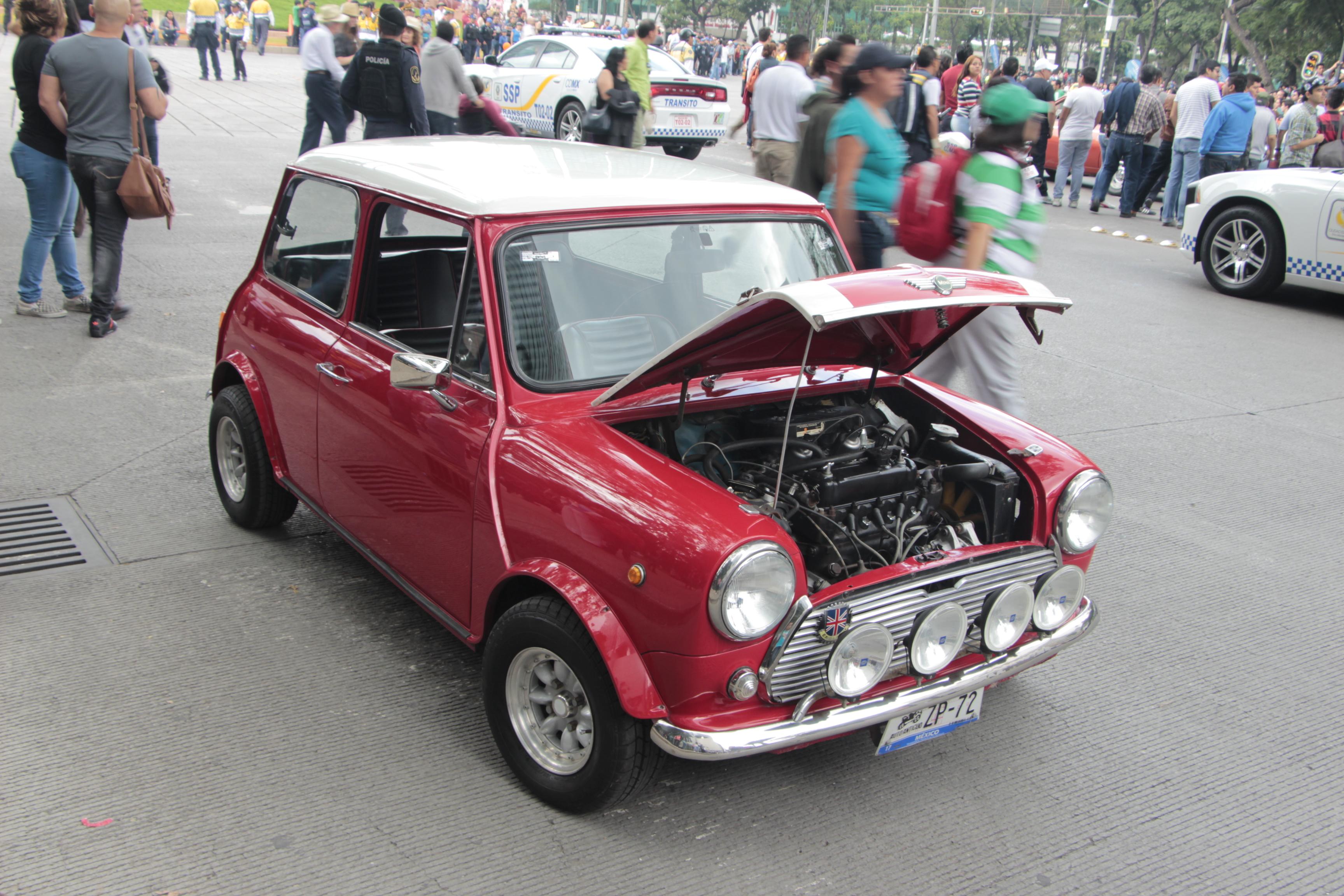 Top mejores autos clásicos de la historia Mini Cooper Clásico