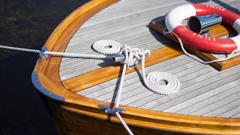 Mantenimiento básico de la embarcación después de verano