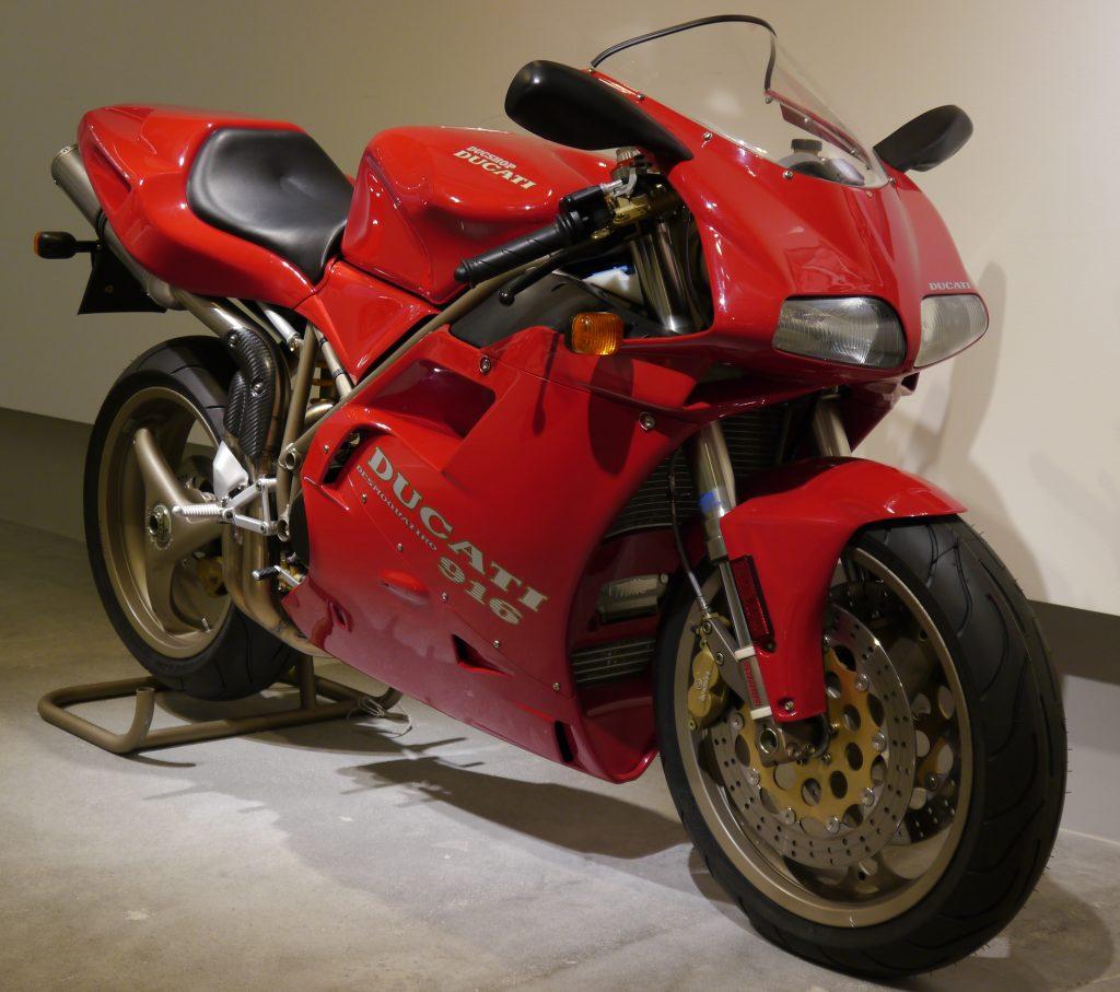 Top mejores motos de la historia Ducati 916