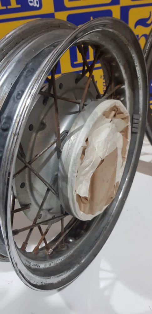 Areando de llantas de moto